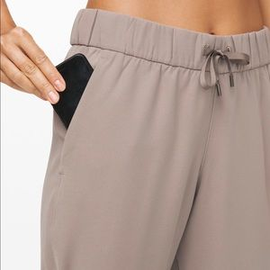lululemon athletica Pants - Lululemon On the Fly Jogger *woven Carbon Dust